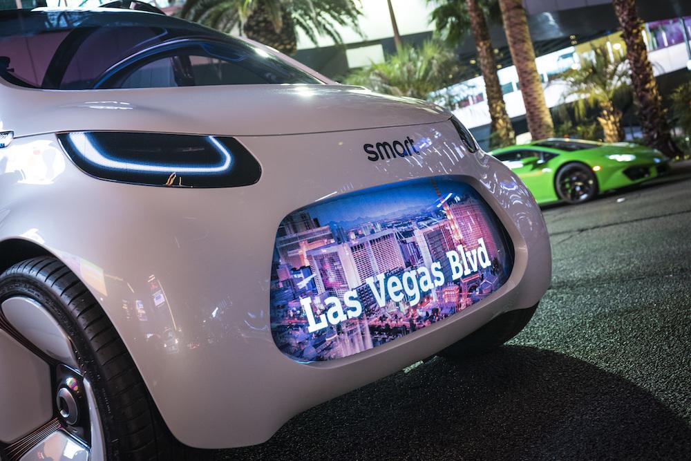 Im Rahmen der CES 2018 präsentiert Mercedes-Benz in Las Vegas auch das Showcar smart vision EQ fortwo. (Quelle: Mercedes-Benz)